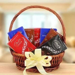 Chocoalte Basket