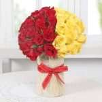Perfect Arrangement of Roses in a Vase